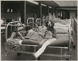 Patients on the balcony ward at the Children's Orthopaedic Hospital, Frankston, 1936, by Stephenson & Meldrum. Gelatin silver photograph by Commercial Photographic.