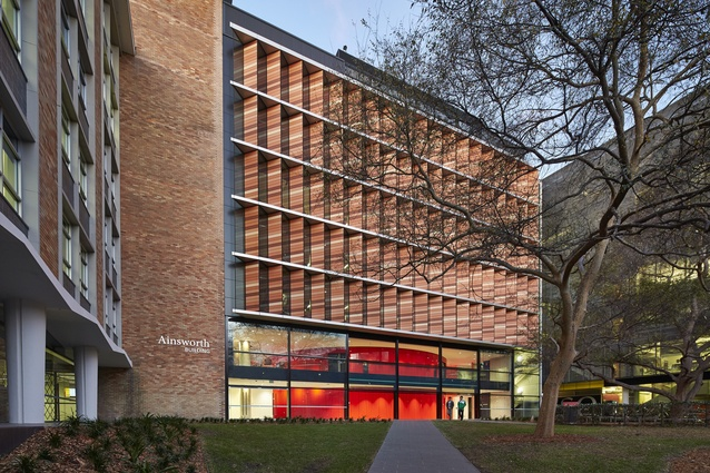 UNSW, School of Mechanical and Manufacturing Engineering by Bates Smart.