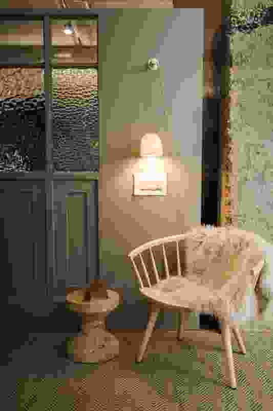 Williams Burton Leopardi Studio by Williams Burton Leopardi.