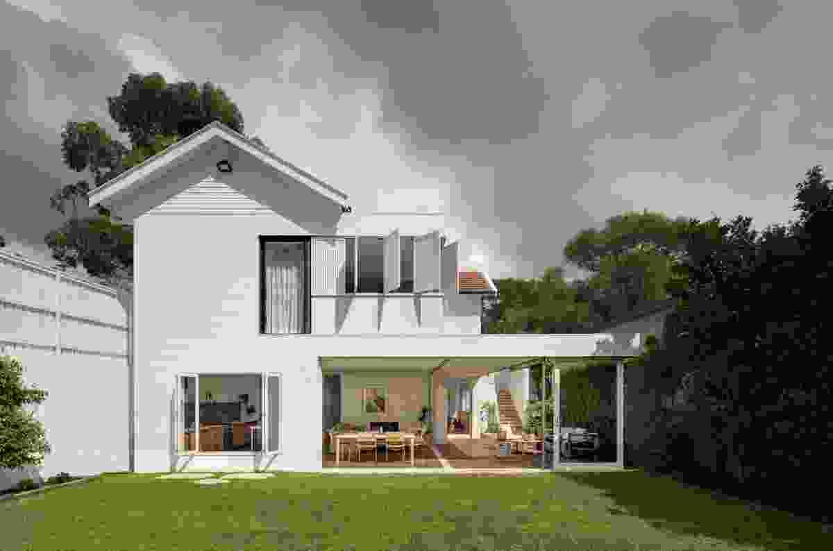 Mosman House by Alexander & Co.