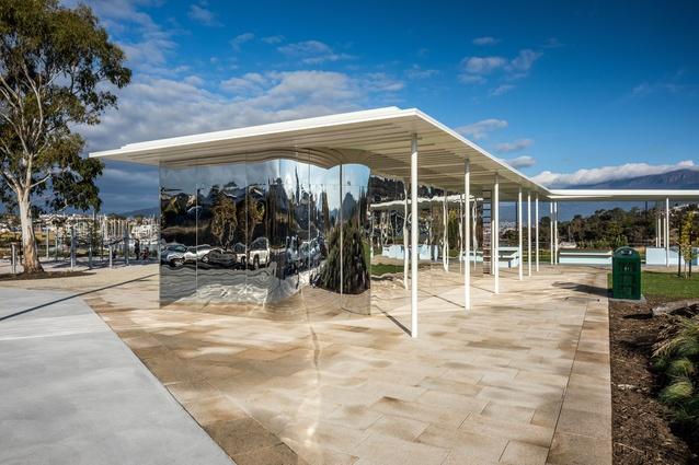 Kangaroo Bay Pavilion by Preston Lane Architects.
