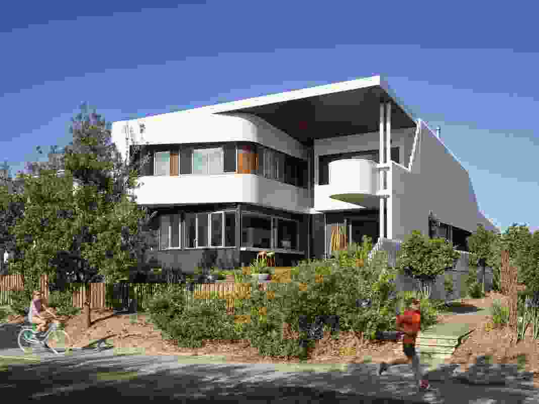 The Whale House (2016), Kingscliff, northern New South Wales, by Paul Uhlmann Architects.