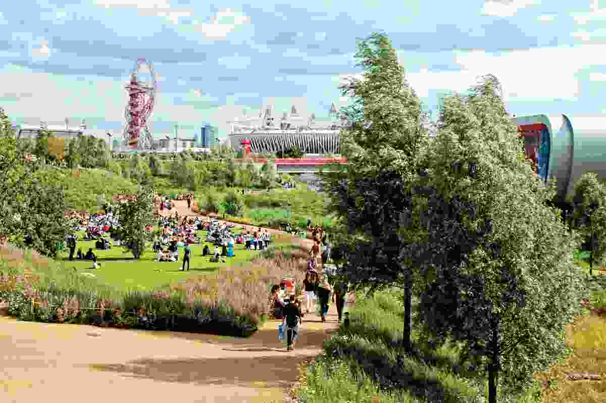 Queen Elizabeth Olympic Park by Hargreaves Associates in London won the 2016 Rosa Barba International Landscape Prize. The prize was presented at the Barcelona International Biennial of Landscape Architecture.