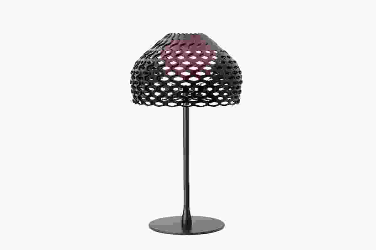 Tatou table lamp by Patricia Urquiola in black.