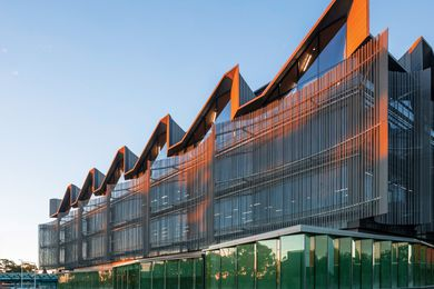 Monash University Learning and Teaching Building by John Wardle Architects.