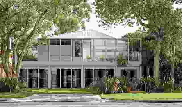对现有小屋的改造和增加的特点是较低的一层,可以渗透到洪水。