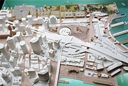 Bird's-eye view of the model, showing site strategy and urban context.