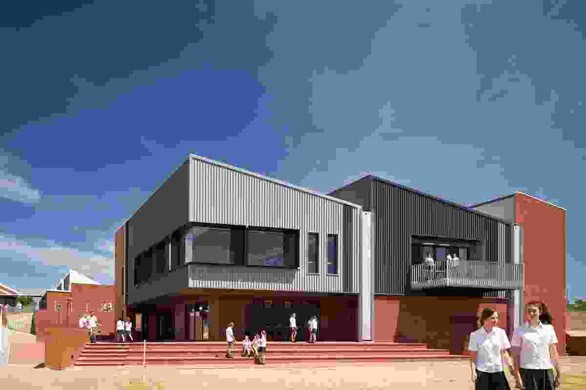Bunbury Catholic College – Marist Campus Learning Commons by Broderick Architects & CODA Joint Venture.