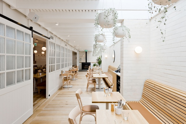 Gerrale Street Kitchen by H&E Architects