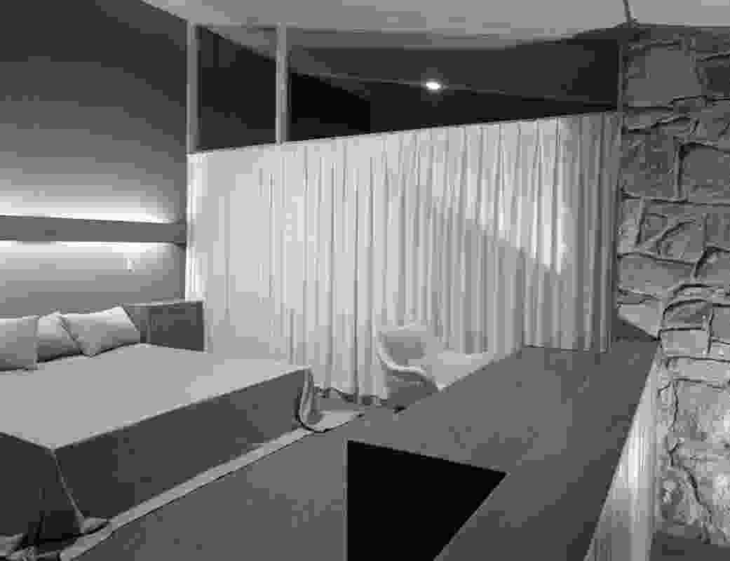 A bedroom in the Bowden House by Harry Seidler (1954).