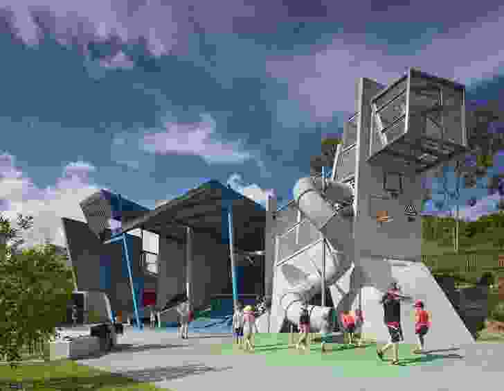 Frew Park Arena Play Structure by Guymer Bailey Architects.