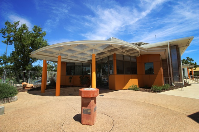 Alice Springs Youth & Community Centre – Multi-Purpose Hall by Tangentyere Design.
