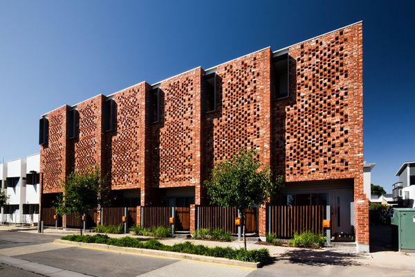 6 on Sixth by Tridente Architects was the winner of the Residential (Multiple) award at the 2015 SA Architecture Awards.
