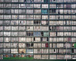 Plein Street, Down Town, Gauteng, Johannesburg, 2004. Photograph by Adam Broomberg and Oliver Chanarin.