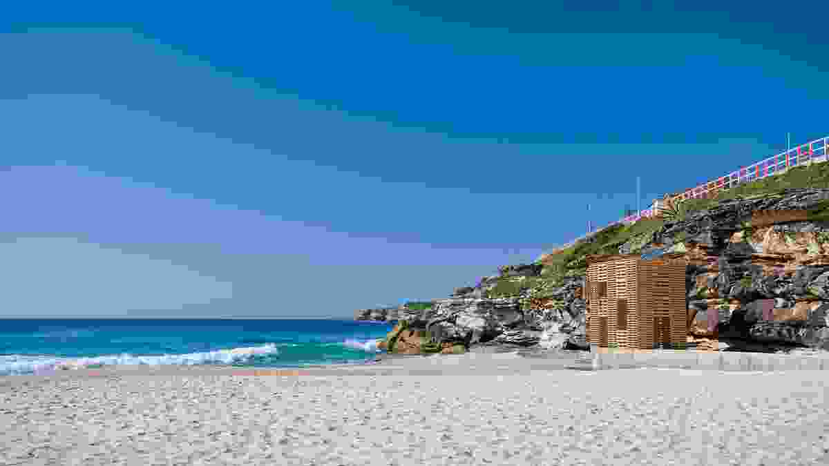 By day, the Illums Box becomes a favourite cubby house for children on the beach.