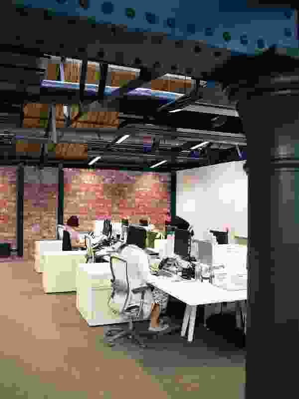 The absence of external views provides secluded private work spaces.