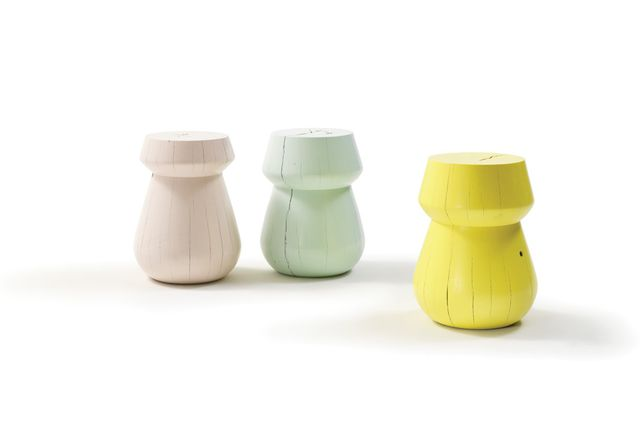 ST35HN stool in Dusty Pink and ST35LN stool in Minty and Lime Yellow.