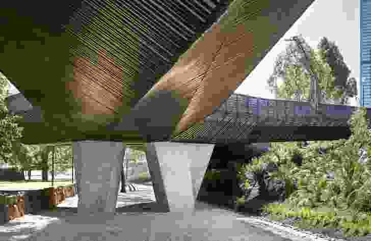 Tanderrum Bridge by John Wardle Architects and NADAAA in collaboration with Oculus.