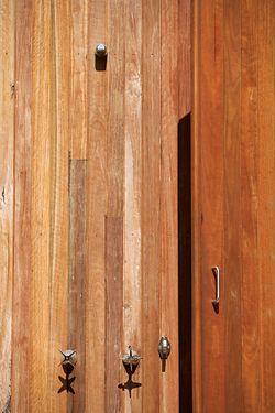 The outdoor shower.Image: Brett Boardman