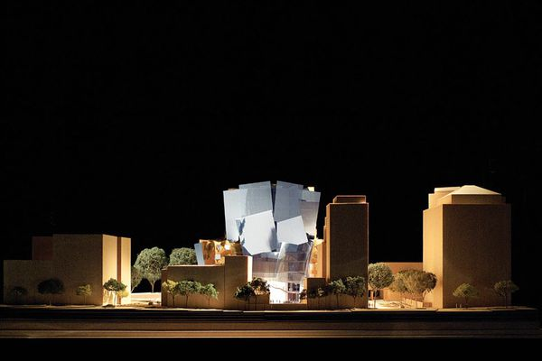Scale model (1:100) showing the western elevation of UTS's Dr Chau Chak Wing building, located at the corner of Ultimo Road and Omnibus Lane.