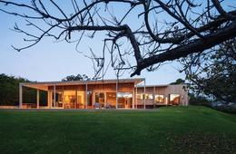 Sleight unseen: Sorrento house