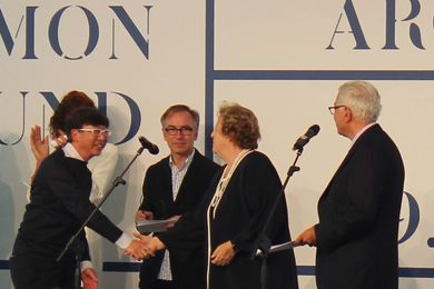 Commissioner of Japan's pavilion Toyo Ito receives the Golden Lion.