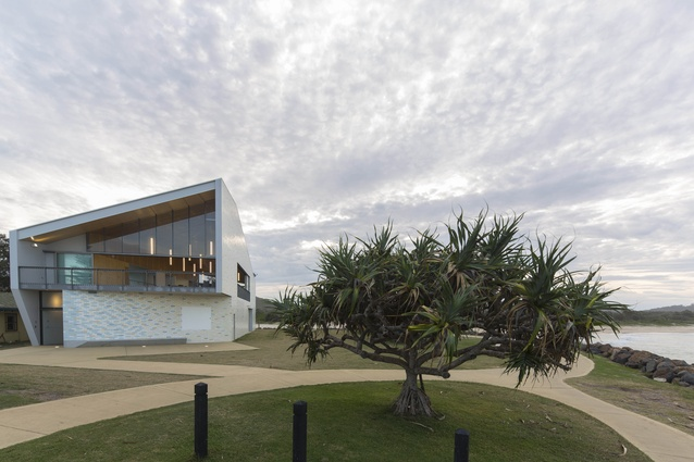 Kempsey Crescent Head Surf Life Saving Club (NSW) by Neeson Murcutt Architects.