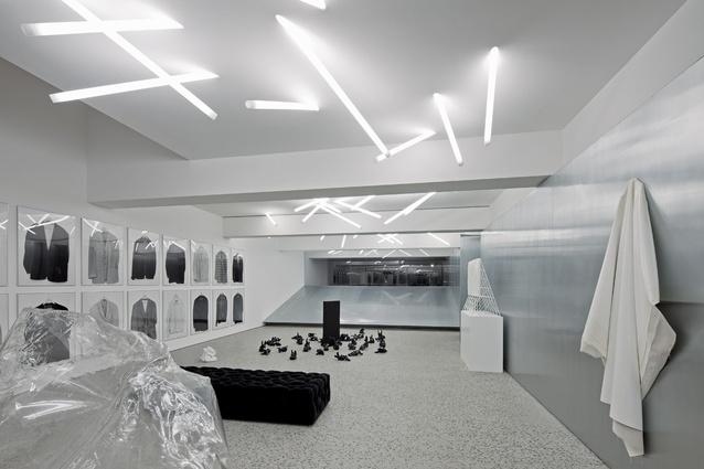Gallery House – Denton Corker Marshall.