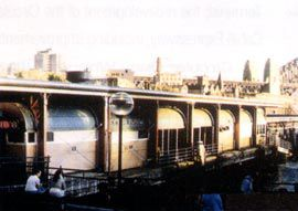 The wharves prior to redevelopment.