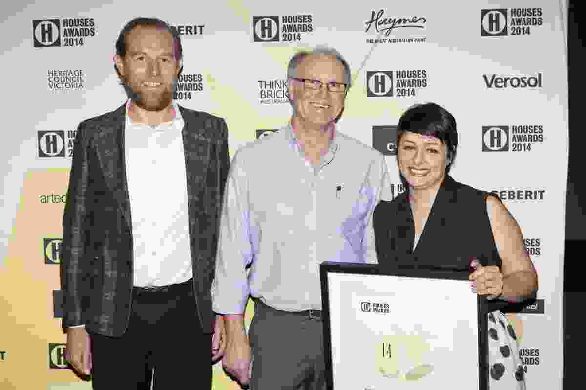 Joint Winner of House in a Heritage Context Patrick Kennedy (left) and Adriana Hanna (right) of Kennedy Nolan with Jim Norris of Heritage Council of Victoria.