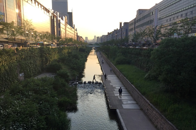 Seoul's Cheonggyecheon stream, designed by SeoAhn Total Landscape.