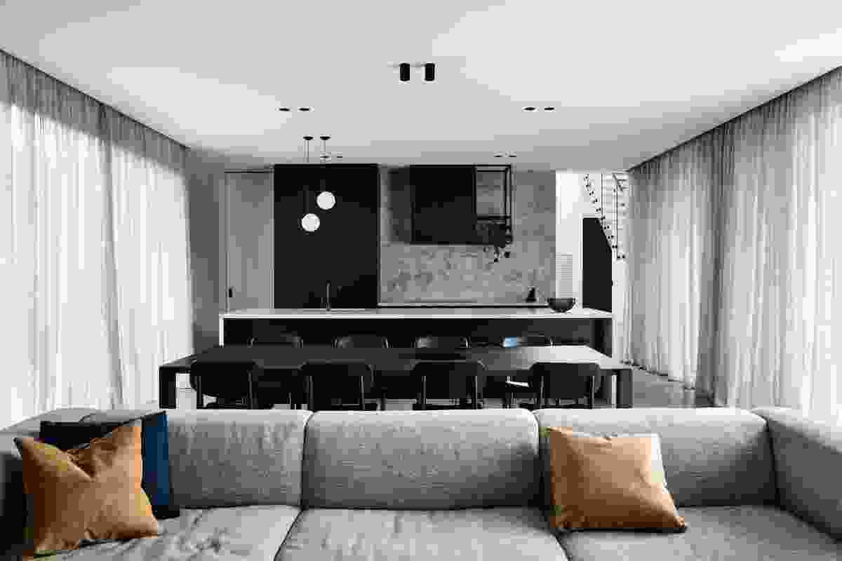 Casa Chiaroscuro by Biasol.