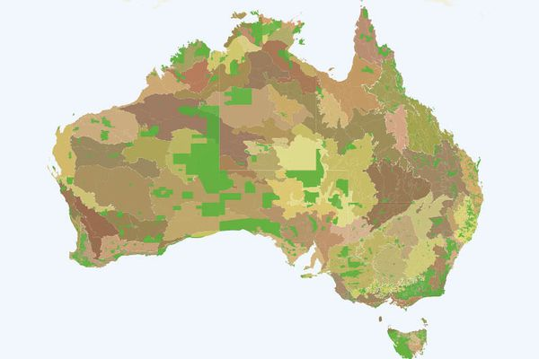 1. Australia's Eighty-five IBRA Bioregions and 405 Subregions superimposed with current protected areas in green.