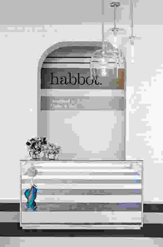 Habbot – Mim Design.