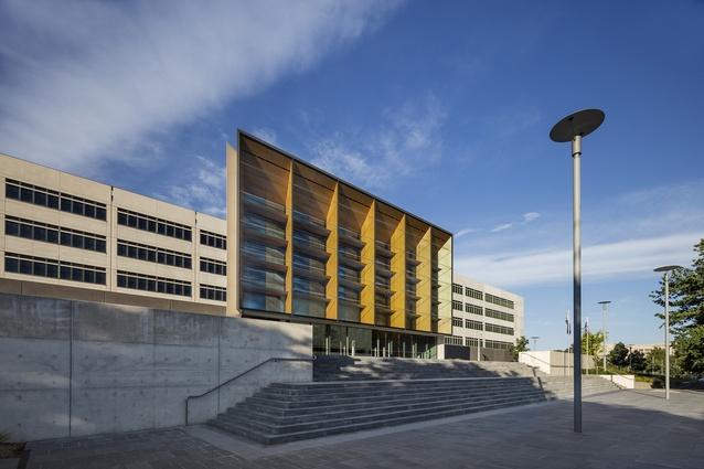 Ben Chifley Building by Francis-Jones Morehen Thorp.