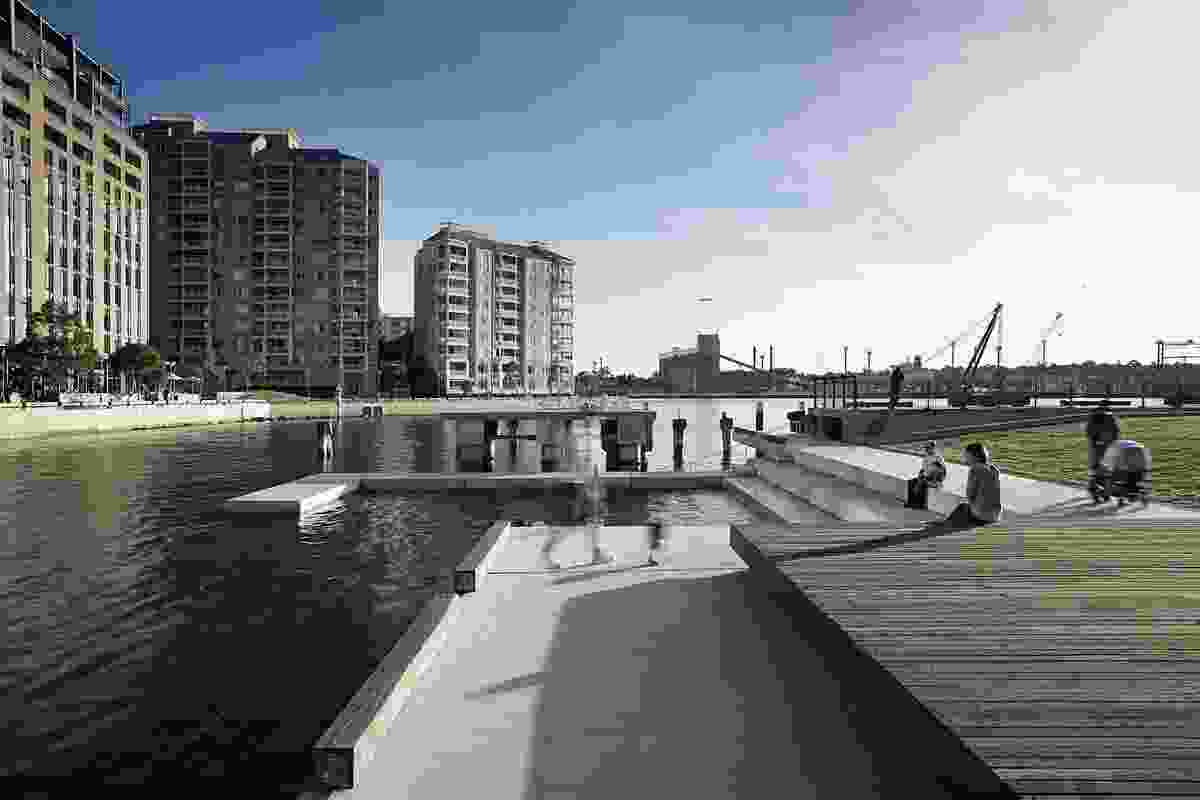 Aspect Studios – Pirrama Park, Pyrmont NSW (2009-2010).