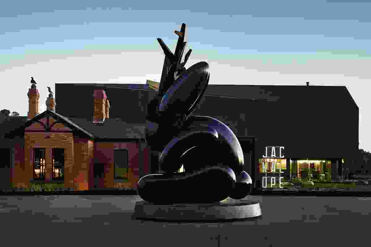 The motif of the mythological jackalope runs throughout the hotel, and visitors are welcomed by Emily Floyd's antlered rabbit sculpture in the hotel's forecourt.