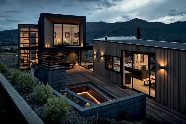 Lake View House, Wanaka by McAuliffe Stevens.