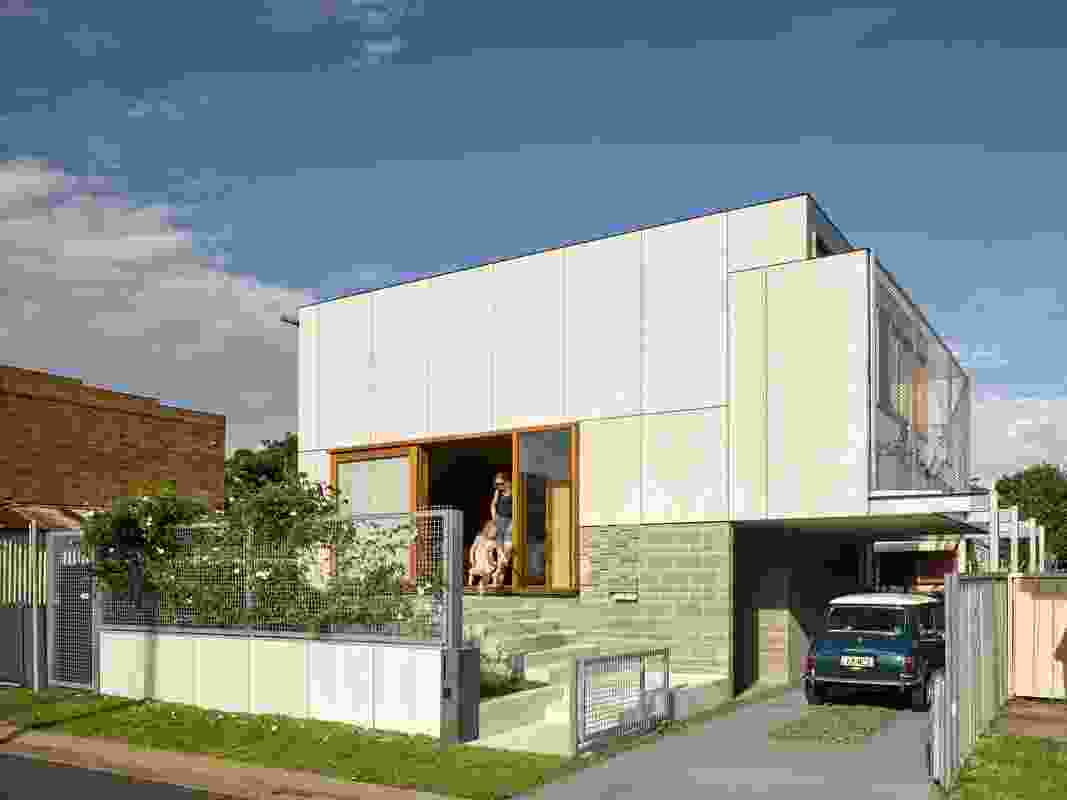 Award for Sustainability: Waratah Secondary House by Anthrosite.