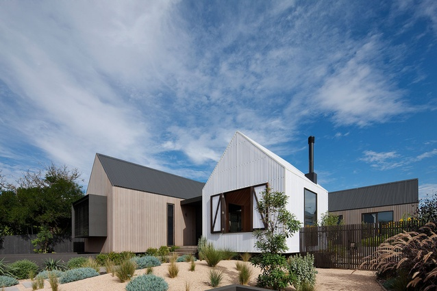Seaview House – Jackson Clements Burrows Architects.