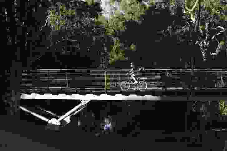 A key connector to the Adelaide city park lands trail, the bridge is part of twenty-four kilometres of shared cycle and pedestrian footpath.