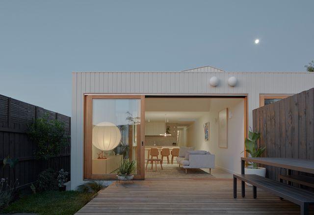 """福勒和沃德回应了客户的双面简报,设计了两套""""非常容易居住""""的房子"""