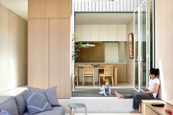 The central courtyard articulates the new kitchen, dining and living rooms and offers each space flexibility.
