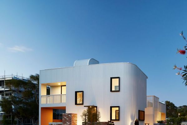 Gen–Y House, part of White Gum Valley in Perth. The project, designed by David Barr Architects, is one of the Cooperative Research Centre for Low Carbon Living's sixteen Living Labs.