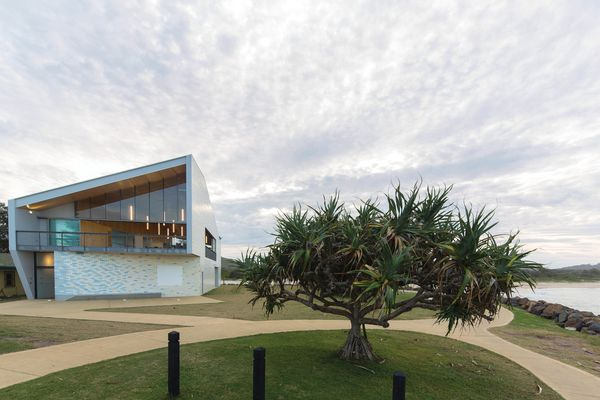 Kempsey Crescent Head Surf Life Saving Club Neeson Murcutt Architects.