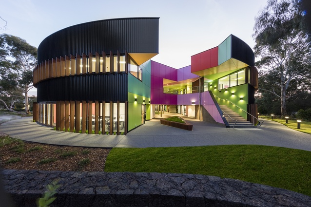Ivanhoe Grammar School's Science and Senior Years Centre by McBride Charles Ryan.