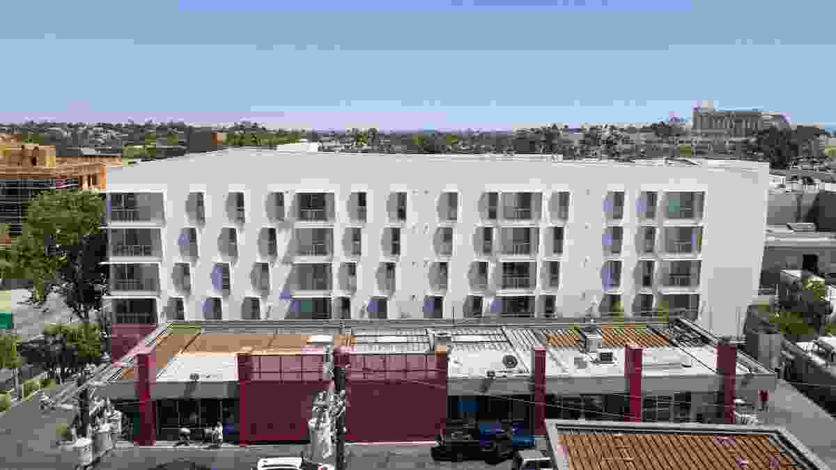 Award for Sustainable Architecture: The Arroyo Affordable Housing (USA) by Koning Eizenberg Architecture.