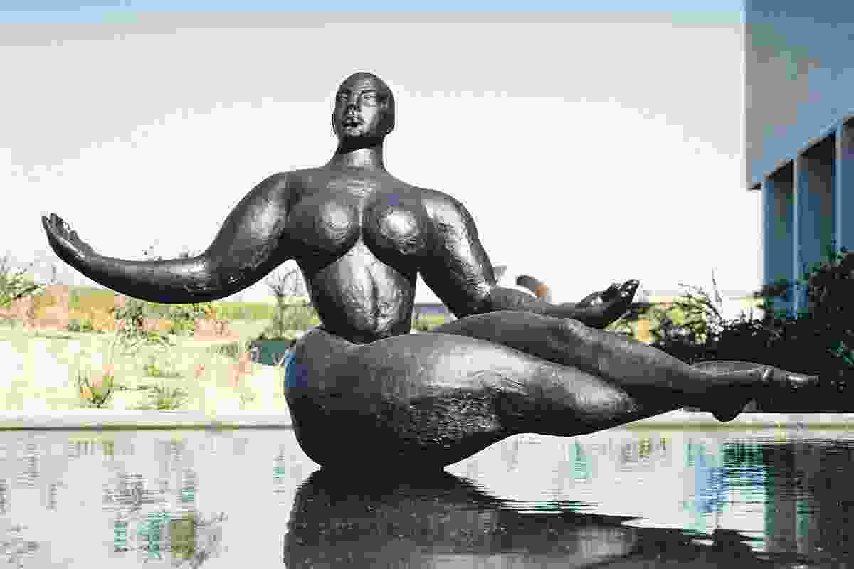 Photos from the 1990s: Floating Figure (1927) by Gaston Lachaise.