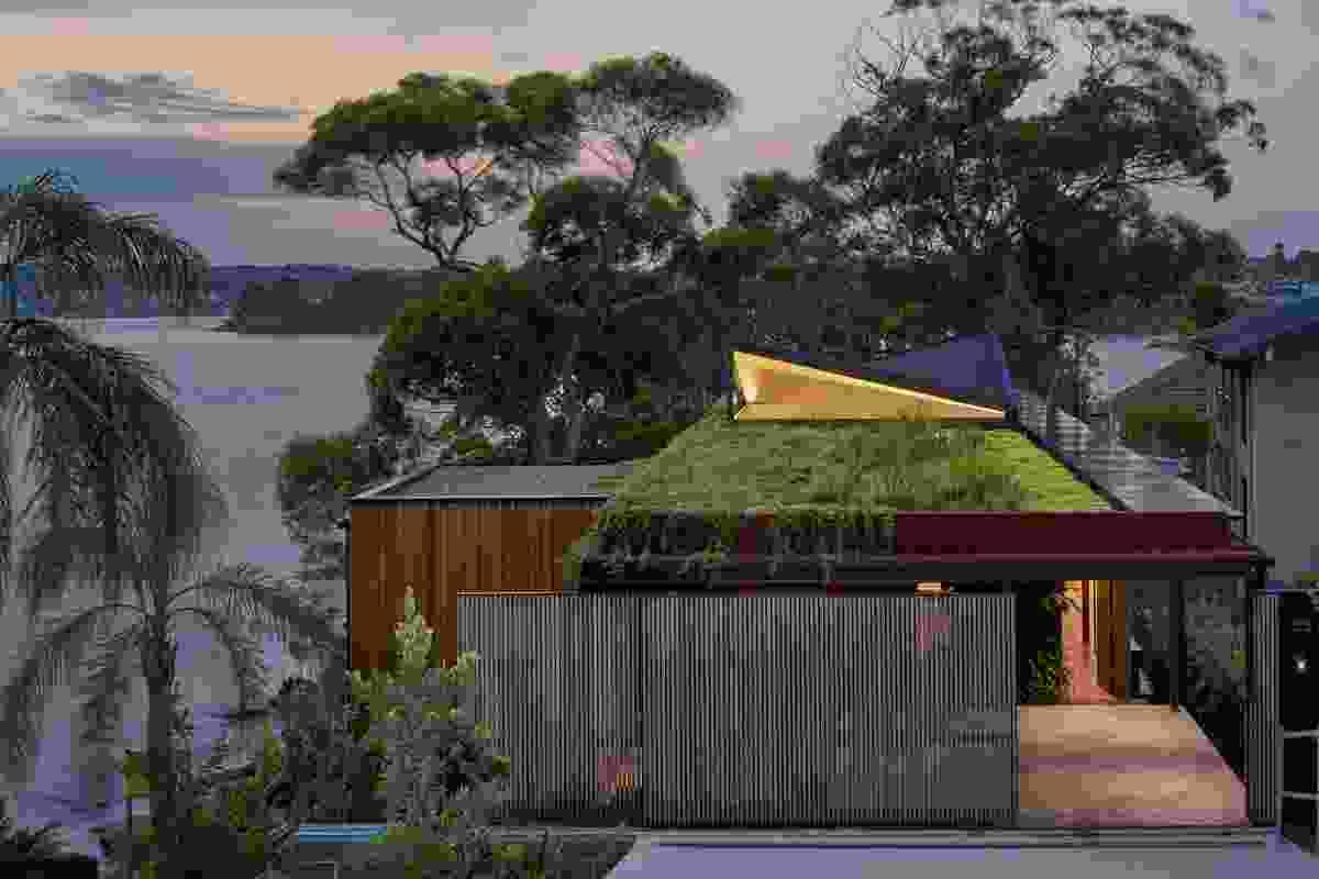 Bundeena Beach House by Grove Architects